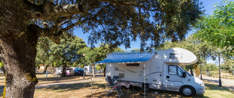 Caravana en el Camping Sierra de la Culebra